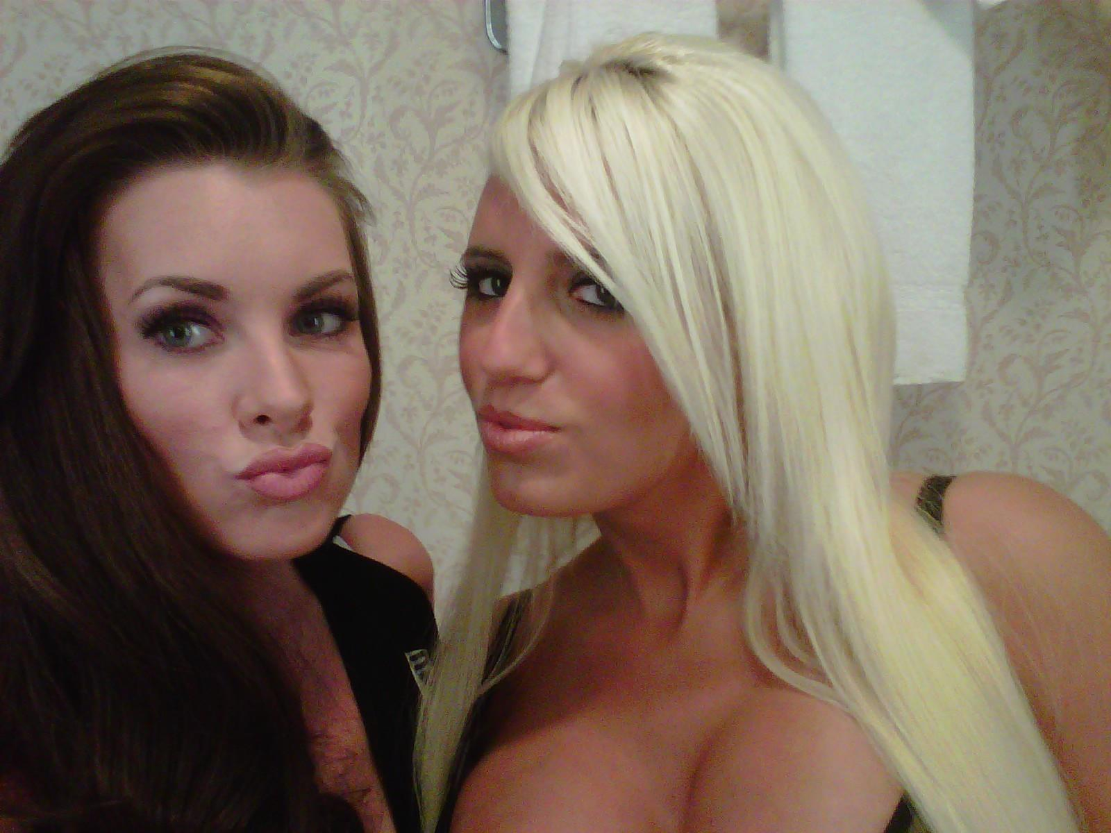 Baltimore Female Strippers For Bachelor Parties